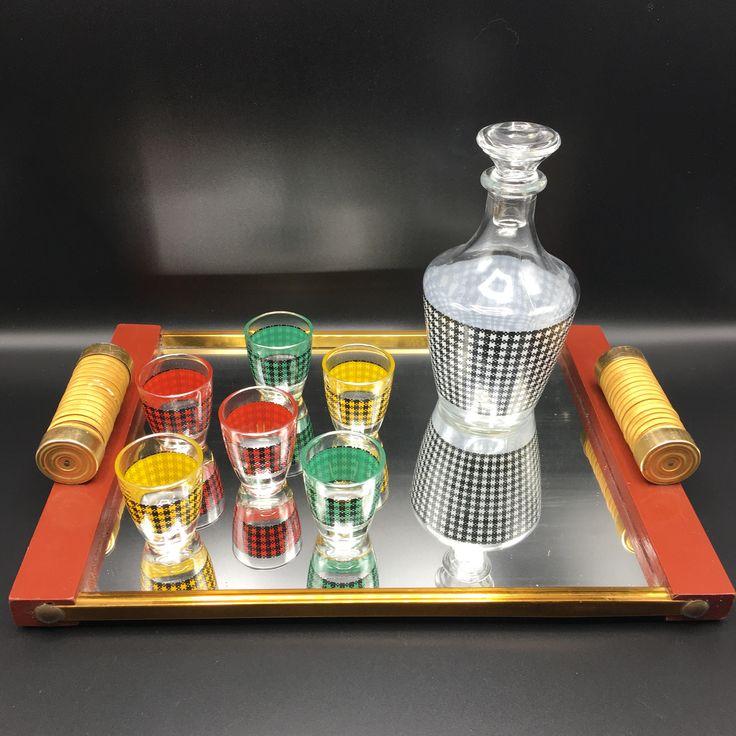 Plateau miroir rouge art deco vintage, carafe verre bouteille verre 6 verres à liqueur verres à digestifs colorés original couleur france de la boutique LesInsolitesdeNini sur Etsy