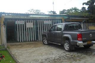 Puerta del hospital la milagrosa en Villarrica Tolima
