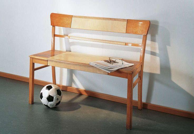 3 Beispiele für Möbel-Upcycling: Der alte Küchenstuhl wird zur Sitzbank