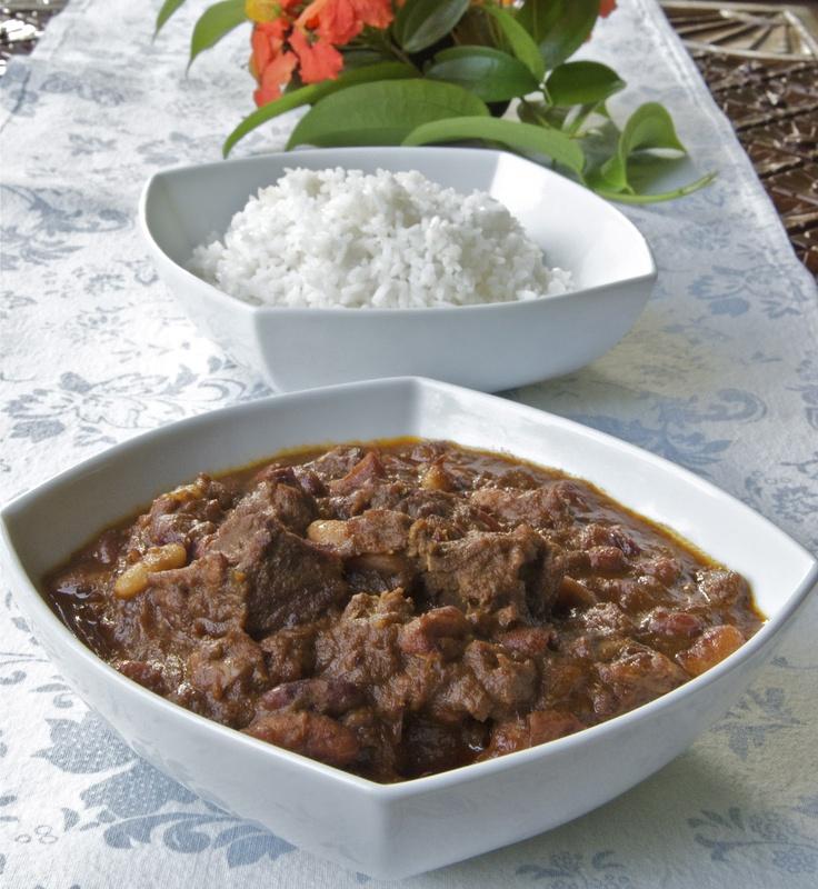 Indonesian Medan Food: Beef Rendang