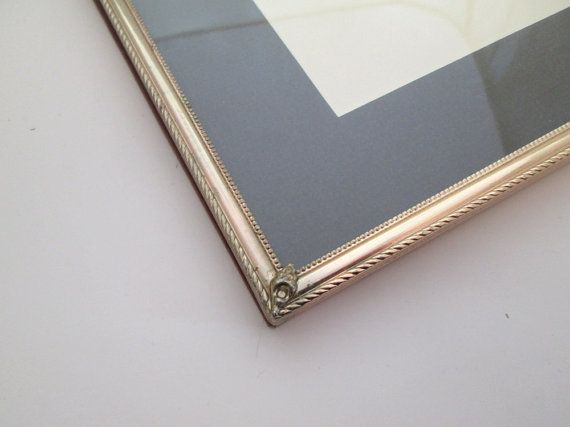 Vintage 8x10 metal picture frame 8x10 Frame Gold Picture