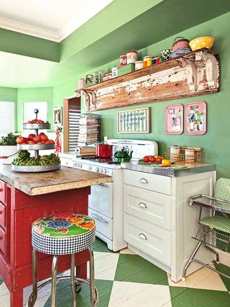 The owners of this cottage kitchen chose Farrow & Ball's assertive Saxon Green to lift its rustic spirit. | Photo: Mark Lohman