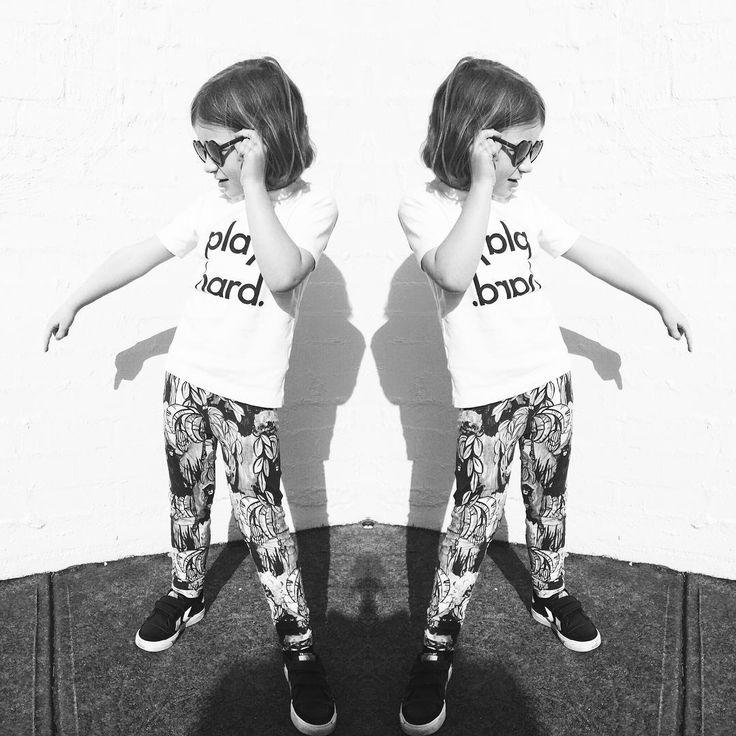 30% OFF NOR_FOLK www.jellydoor.com.au Getting her groove on Grease style. Wearing @nor_folk Play Hard Tee, @mini_rodini Monkey Leggings, @wearesonsanddaughters Lola Sunglasses www.jellydoor.com.au #minirodini #nor_folk #wearesonsanddaughters #whitetee #ministyle #kidsfashion #fashionkids #fashion #coolkids #sunnies #sunglasses #monkey #jellydoor