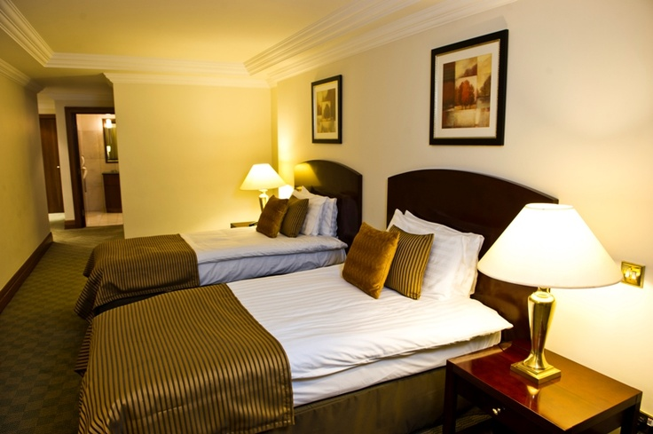 Sanctum International Serviced Apartments - Twin Bedroom