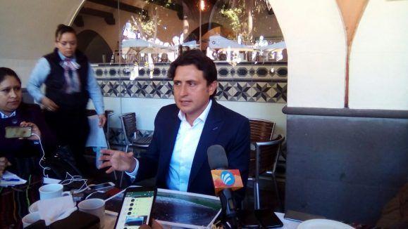 #DESTACADAS:  En las próximas horas José Juan Espinosa definirá si rompe con Morena - La Jornada de Oriente