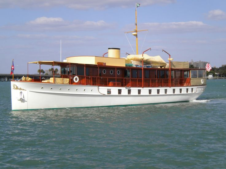 Top 25 Ideas About Trumpy Motor Yachts On Pinterest
