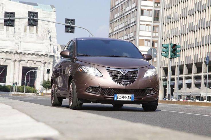 Lancia Ypsilon ELLE – miejski szyk!