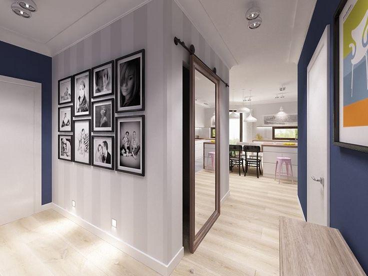 Kapa Studio - tapeta biało-szare pasy, granatowa ściana, suwane drzwi lustrzane, zdjęcia na ścianie, oświetlenie