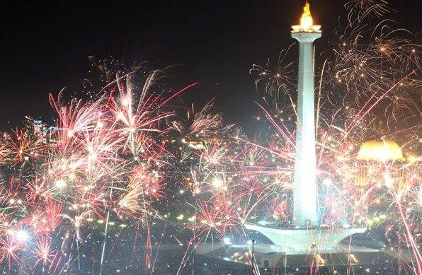 Kata Kata Mutiara Ucapan DP BBM Selamat Malam Tahun Baru 2016 Bergerak   Kabarmaya.com