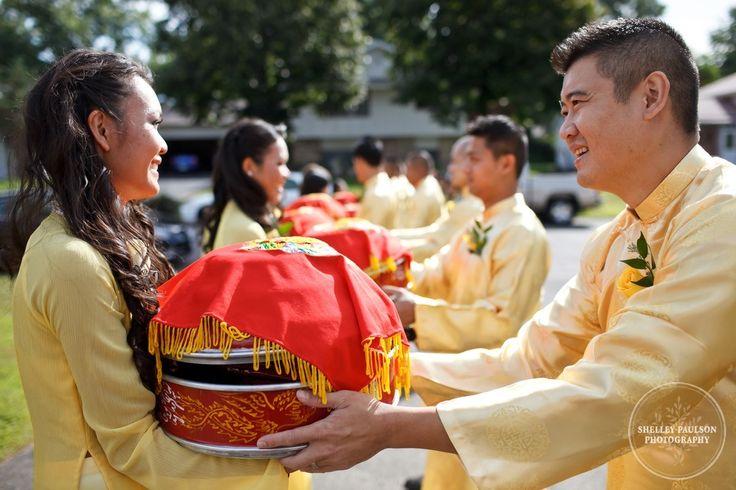 Minnesota Vietnamese Wedding 13 Jpg Buddhist Blessing Ceremony Pinterest Ao Dai Engagement Session And Traditional Weddings