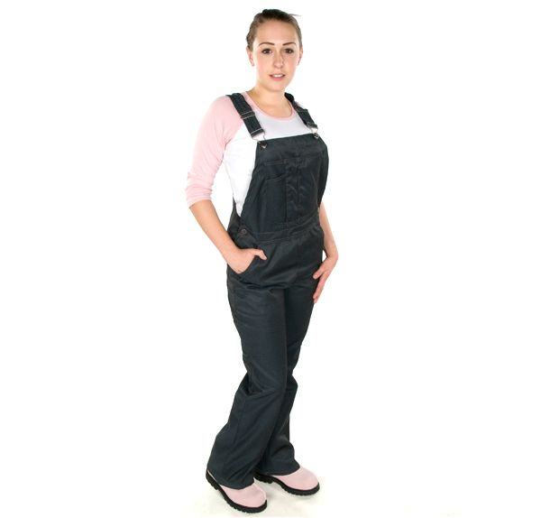 Moxie Denim Overalls for women Reg. $59.99 - Now $25.00 Moxie denim twill 1 Bib Pocket 4 Pockets 1 Carpenter's pocket 1 Cargo pocket 1 Hammer loop Elasticized shoulder straps Boot Leg Cut Hidden knee pad pockets 98% Cotton 2% Spandex