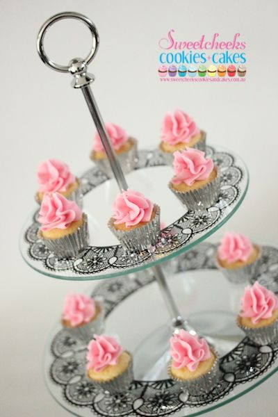 22 best CAKES corporate images on Pinterest Cake toppers