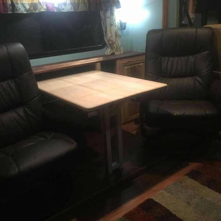 Drop down table replaces u shaped dinette with recliners & Best 25+ Rv recliners ideas on Pinterest | Rv mods Caravan wheel ... islam-shia.org