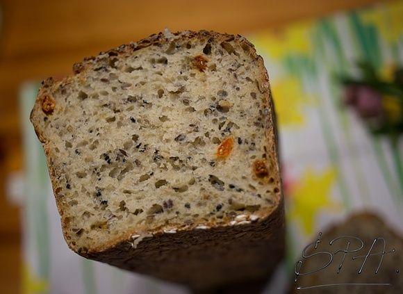 Chleb orkiszowy na drożdżach bez wyrabiania