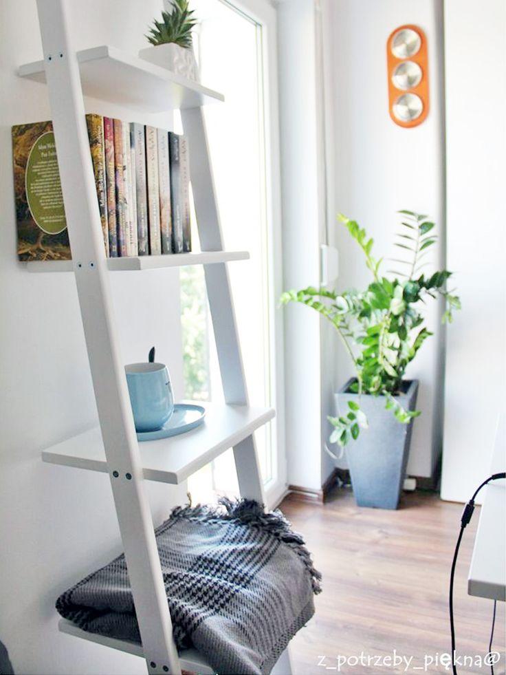 Regał w pokoju nastolatka  - drabinka półka  #ladder #laddershelf #drabinka #drabina #regał #homedecor #homespace #interiorideas #interiordesign