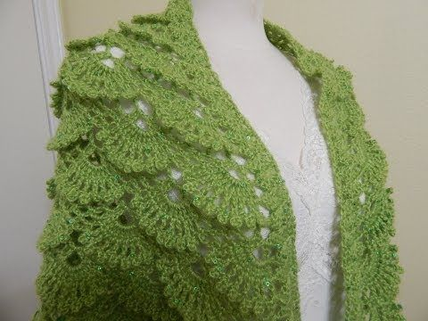 ▶ Shawl Triangular Crochet parte 1 de 2 - YouTube - soooo pretty
