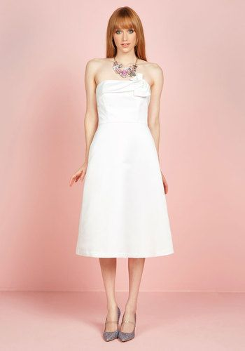 1960s Style Wedding Dresses The Way Love Grows Dress in White $150.00 AT vintagedancer.com