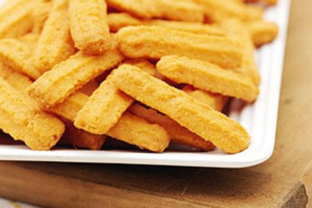 How To Make Homemade Cheddar Cheese Straws