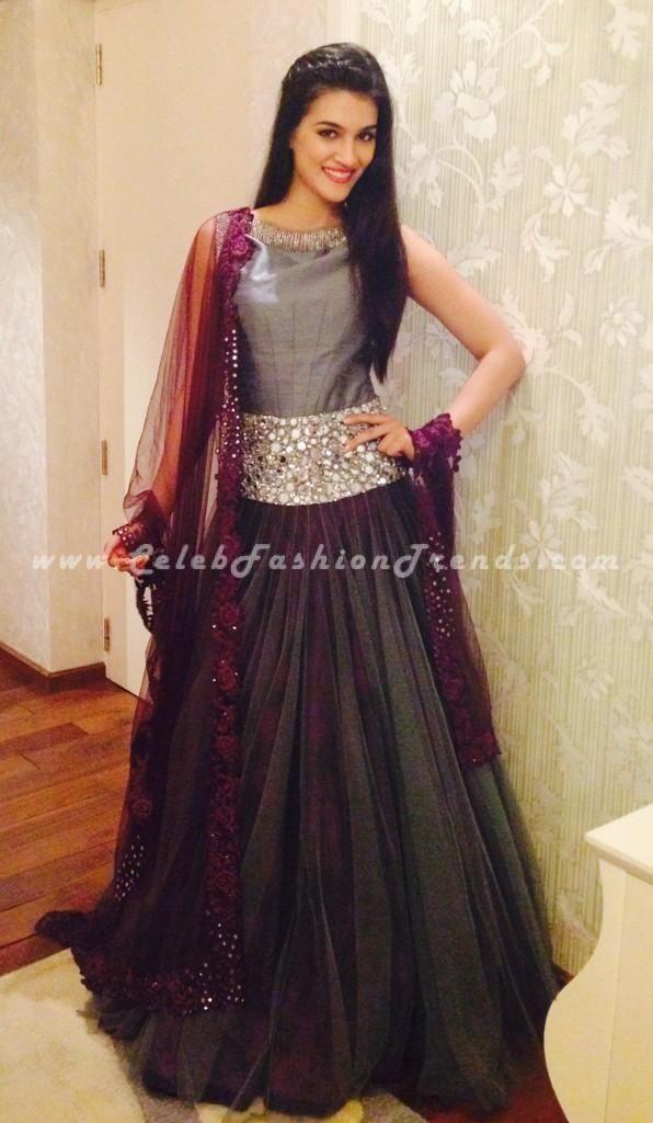 Kriti Sanon in Grey Burgundy Anarkali Dress at Navrang Navratri Event in Surat