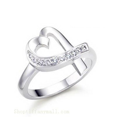 Tiffany & Co Outlet Paloma Picasso Loving Heart Diamonds Ring- loveeee this!