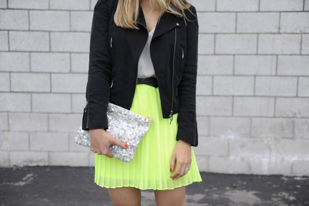 neonFashion, Skirts, Summer Inspiration, Outfit, Cupcakes And Cashmere, Neon Style, Leather Jackets, Cupcakes Rosa-Choqu, Neon Yellow