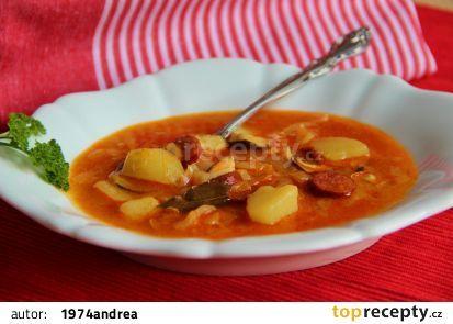 Polévka z hlávkového zelí recept - TopRecepty.cz