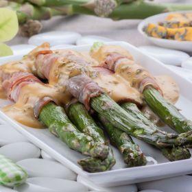 Szparagi zapiekane z szynką