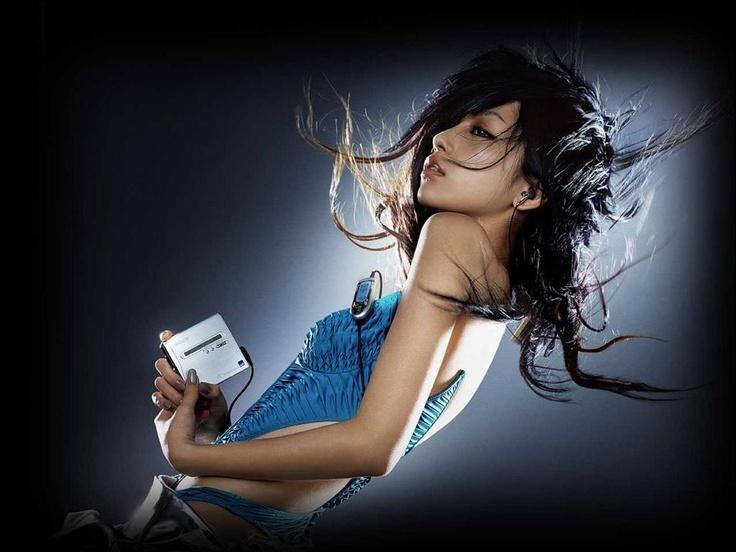 Mika Nakashima - Sony Hi-MD Walkman Ad