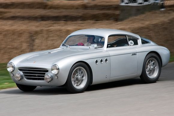 1951 Fiat Abarth 205 Vignale Berlinetta #cars #vintage a design shape more like Aston Martin and TVR ?? www.chaiffeurservicelondon.com