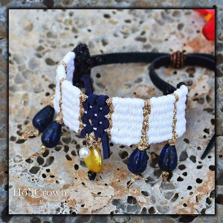 Woven bracelet. Leather, cotton, lapis lazuli, real pearls.