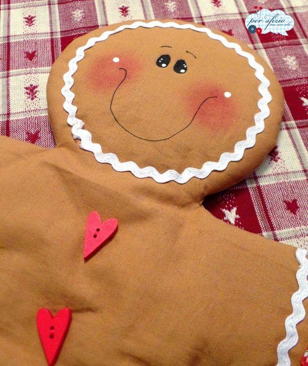 Aspettando il Natale...un gingerbread di tessuto per colorare la nostra casa! - so, my gingrebread is ready for christmas!
