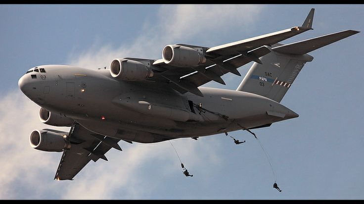 May 22 ; Para-jumping out a C-17 for the first time in Holland over The Ginkelse Heide naar Ede.