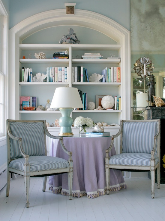 Find This Pin And More On Ideas For My Bookshelves By Annelubner Eclectic Living Photos French Market Design