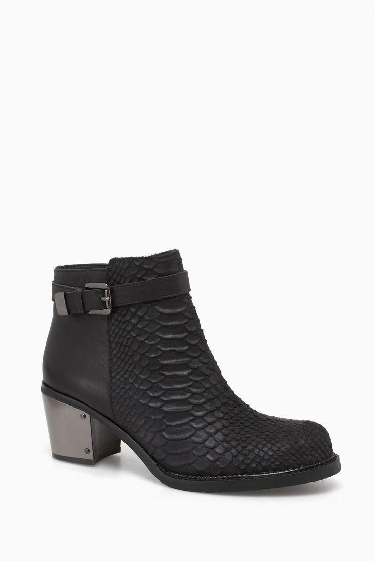 Metal Heel Ankle Boots - Urban Rebels | Adolfo Dominguez shop online
