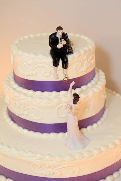 preparing a wedding cake best 25 fishing wedding cakes ideas on 18721