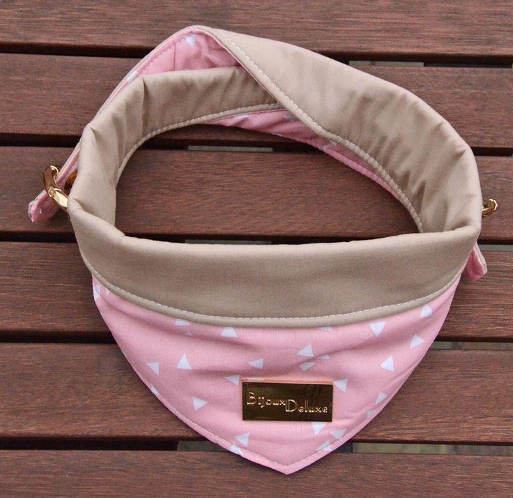 Een persoonlijke favoriet uit mijn Etsy shop https://www.etsy.com/nl/listing/468424544/omkeerbare-hond-bandana-roze-driehoeken