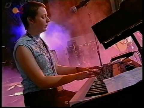 Camera Obscura - 10. Let Me Go Home (FIB 2003) - YouTube
