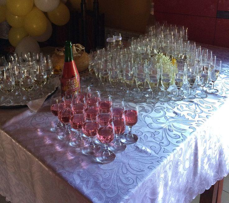 Na życzenie klientów organizujemy również inne przyjęcia takie jak: • konferencje • bankiety • komunie • urodziny • chrzciny • imprezy integracyjne • inne http://www.domweselny-bartpol.pl/wesela-nowy-sacz