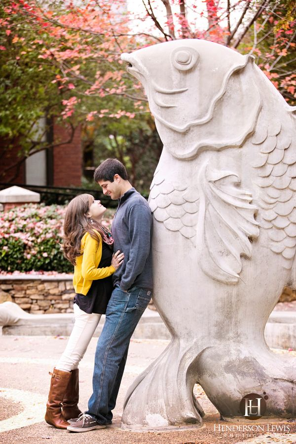 The Green, Charlotte, NC, Engagement session, Pose ideas, Fish fountain