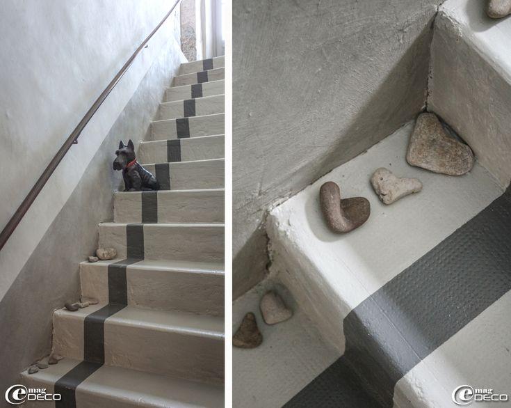 Heart shaped rocks on a painted, cement stair case - maison d'hôtes 'Les Nomades Baroques' à Barjac