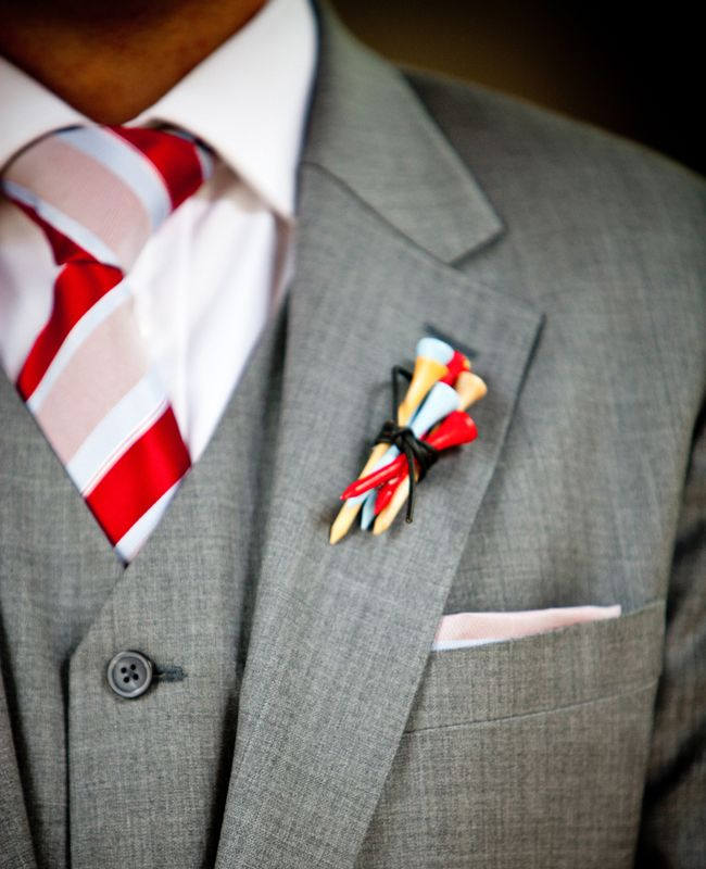 Golf-inspired tee boutonniere   Photo: JPP Studios   See more golf wedding ideas: http://blog.theknot.com/2013/04/11/love-golf-steal-one-of-these-wedding-ideas/