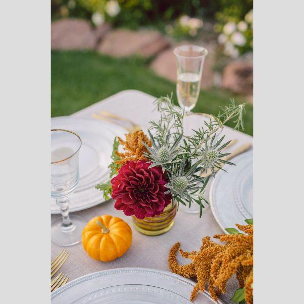 Ideias para a decoraração de um casamento de outono. #casamento #decoração #mesas #flores #outono #abóboras