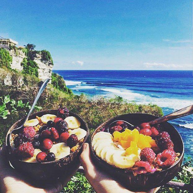 BESTIES WHO BRUNCH • at the amazing Singlefin @singlefin_bali eating delish @nalubowls will always stay together! • #whatvolcano #yum #uluwatu #singlefinbali #nalubowls #surf #nature #healthy #breakfast #pagi #paradise #holidays #instatravel #travel #ocean #livingthedream #islandlyf #balilyf #balifood • TAG US IN YOUR BALI PICS #thebaliwhisperer