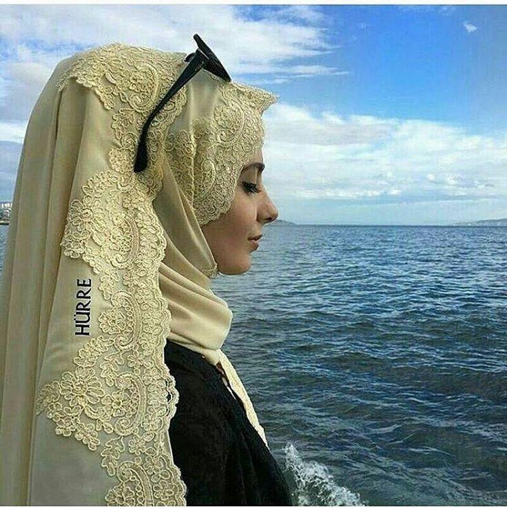 Ramazan hepimizin kalplerine yumuşaklık getirsin. Midemiz aç kalırken, ruhumuzu besleyeceğimiz, dilimize, gozumuze, fikrimize de orucun guzelligini taşiyabilecegimiz bir ramazan olsun inşallah�� Sipariş ve bilgi için whatsapp �� 05530144499 #şal#güpür#şifon#krem#bej#mavi#beyaz#şifonşal#hijap#hijapstyle#tesettür#butik#tasarım#eşarp#moda#detay#haftasonu#özel#davet#düğün#özelgün#abaye#abiye#ferace#ramazan#hayirliramazanlar http://turkrazzi.com/ipost/1523933522451047891/?code=BUmGXbrASXT