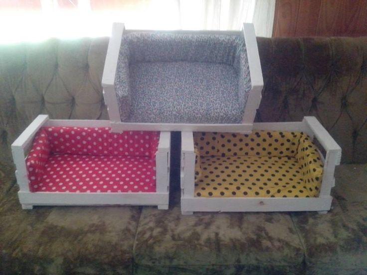 cuchas para mascotas con cajón de fruta