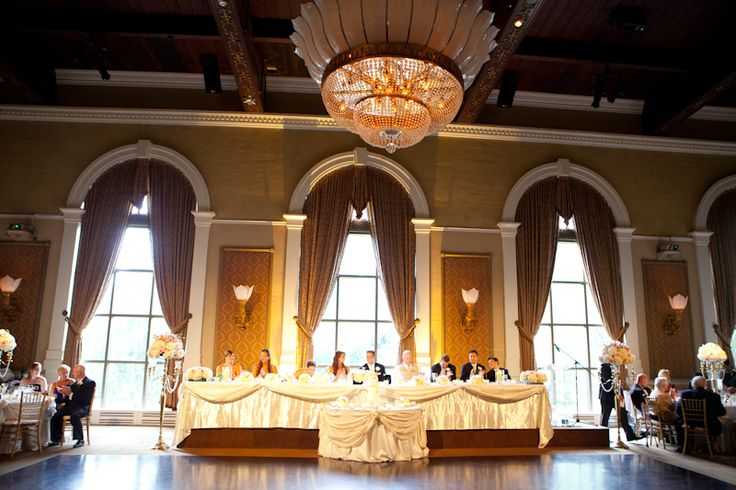 Liberty Grand wedding head table