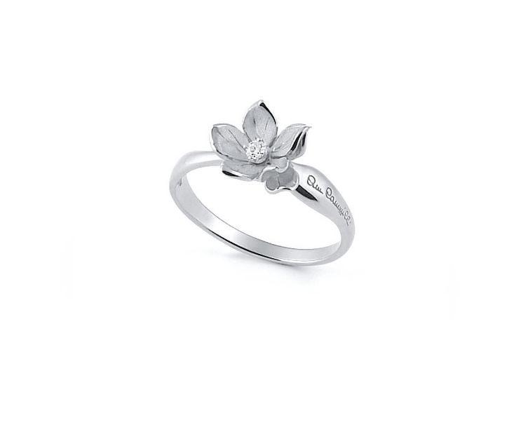 Dorothy Collection  Flower White Gold ring with diamonds inspired nature // anillo flor de oro blanco con diamantes inspirado en la naturaleza www.art-jeweller.com