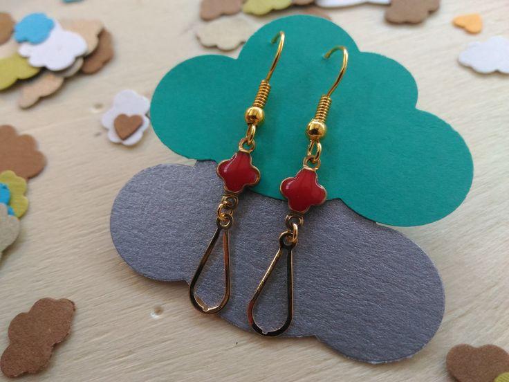 Boucles d'oreilles sur leurs petits nuages <3 www.surlenuagedemeije.com
