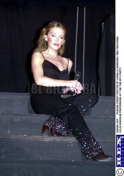 Kylie Minogue 2000 1000+ images about kyl...