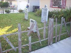 Halloween fence on a budget - made from pallets